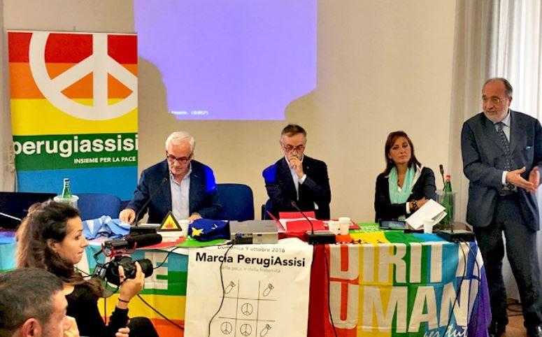 #NOBAVAGLIO/  LA FNSI INSIEME AD ARTICOLO21 e #NOBAVAGLIO ALLA MARCIA PER LA PACE DI ASSISI