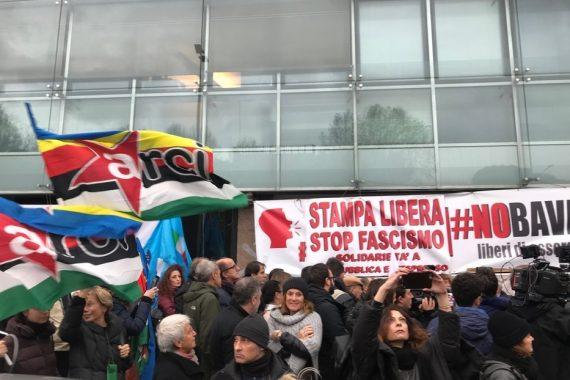 🗣 GIU' LE MANI DA CARLO VERDELLI / Tweet storm dalla parte di @Repubblica e dei cronisti minacciati / Rete #Nobavaglio insieme ad Articolo 21